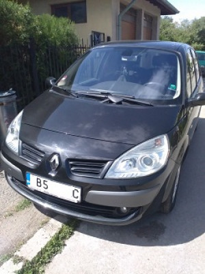 Renault - Scenic | Sep 25, 2017