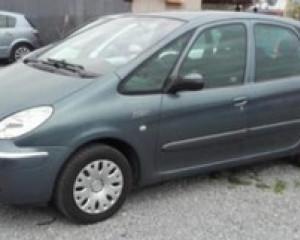 Citroën - Xsara Picasso   15 Jun 2018