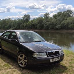 Škoda - Octavia - 1.8 T   1 Jun 2020