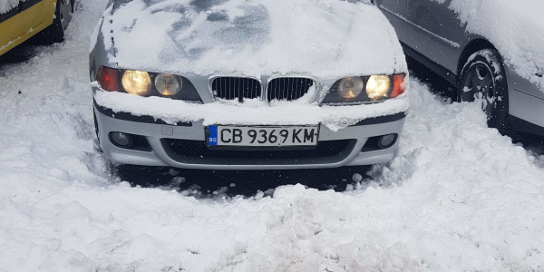 BMW 523 седан