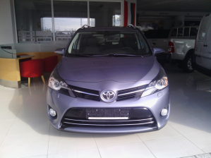Toyota - Verso - 2.2 Aut D-CAT | 23 Sep 2013