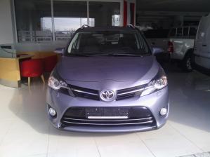 Toyota - Verso - 2.2 Aut D-CAT | Sep 23, 2013