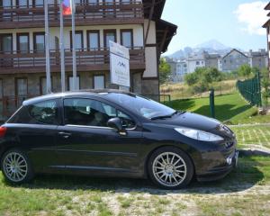 Peugeot 207 1.6 turbo