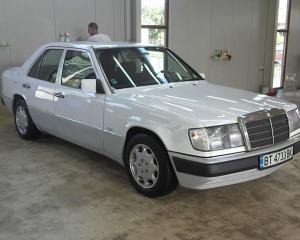 Mercedes-Benz - E-Klasse - Е200 | 13 Apr 2015