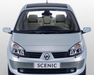 Renault - Scenic   7 Oct 2015