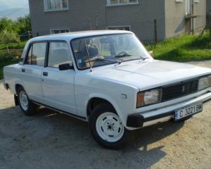 Lada - 2105   25 Oct 2015