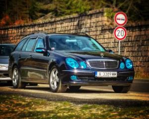 Mercedes-Benz - E-Klasse - CDI   21 Apr 2016