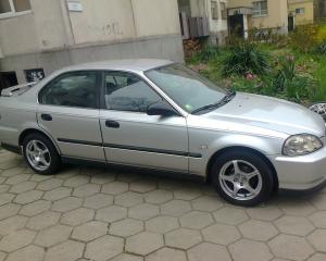 Honda - Civic - sedan | 1 May 2016