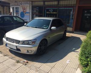Lexus - IS | 25 mei 2016