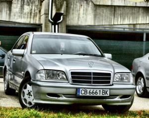 Mercedes-Benz - C-Klasse - C200 Kompressor   21 Nov 2016