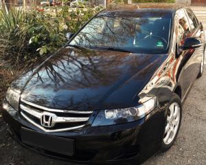 Honda - Accord - 2.0i | Dec 17, 2016