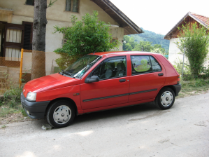 Renault - Clio - RT   23 Jun 2013