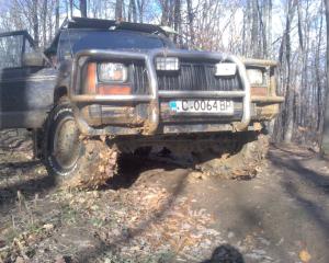 Jeep - Cherokee - 4,0   23 Jun 2013