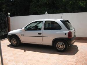 Opel - Corsa   23 Jun 2013