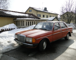 Mercedes-Benz - 200 - D | Jun 23, 2013