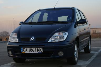 Renault - Scenic - 1,9 DCI Dynamique   23 Jun 2013