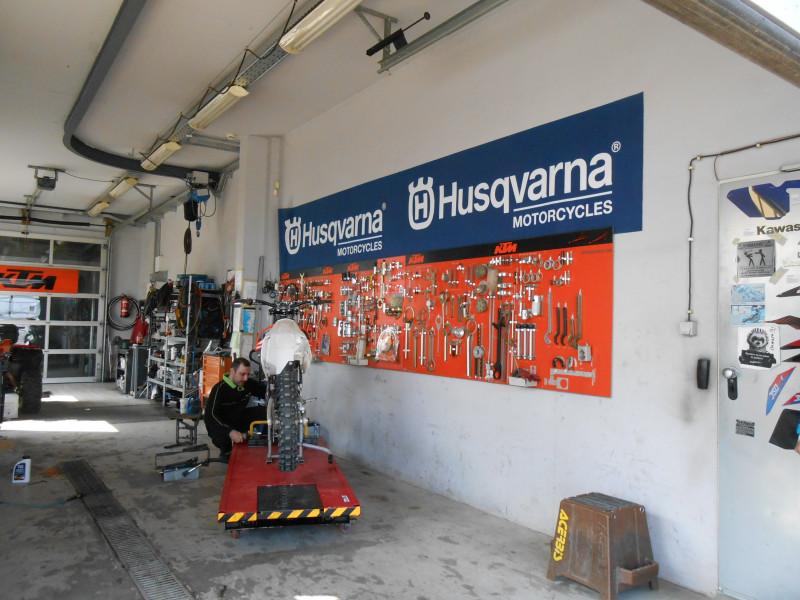 Repair shop - EDImotocenter - Еди Мотоцентър Сервиз