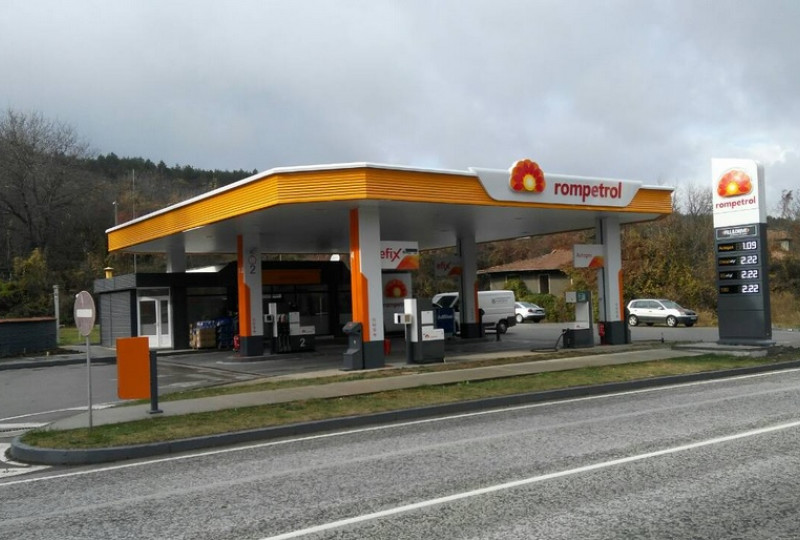 Filling station - Rompetrol - Volovo