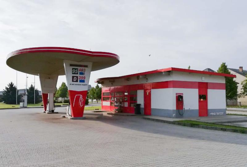 Filling station - XL-Oil Kft.